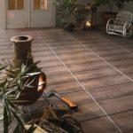 Terrakotta-Brennofen auf einem neuen Terrassenboden.