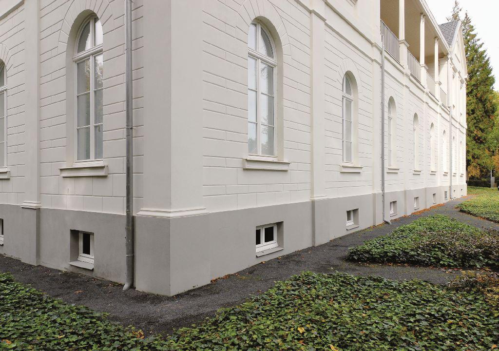 Max Ernst Museum, weißer Altbau