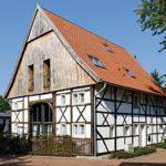 Altes Fachwerkhaus mit Garten (Innendämmung als Alternative)
