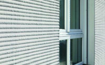 Fassaden schützen: Warm, trocken und algenfrei
