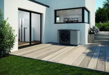 Wärmepumpe im elegantem Design, auf einer Terrasse installiert (Wärmepumpen).