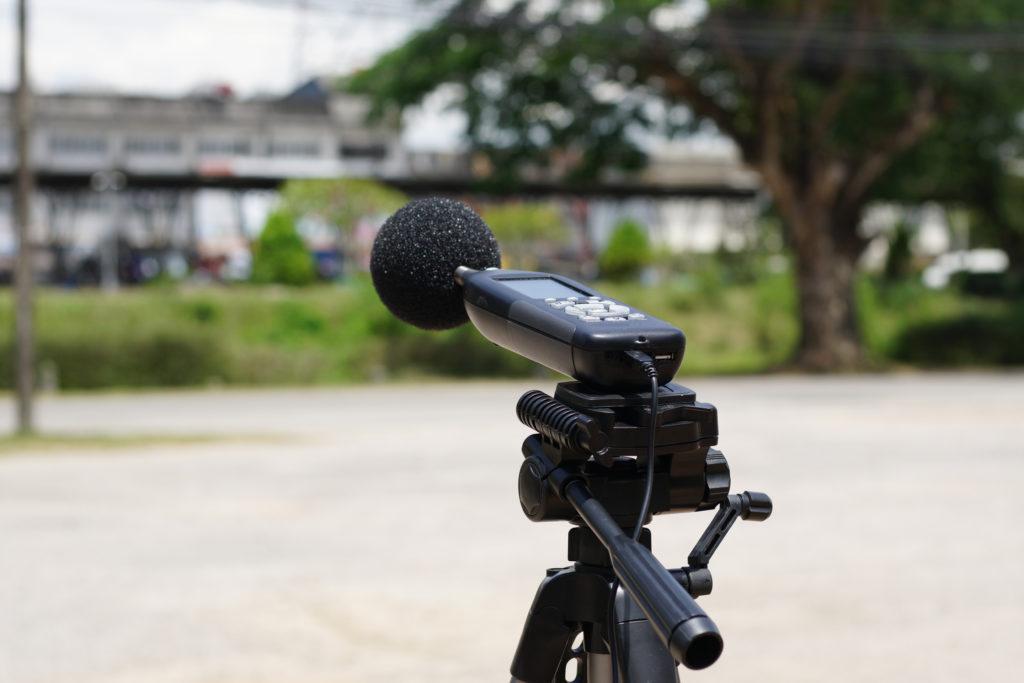 Ein Lärmpegelmessgerät – bestimmen Sie die Lärmbelastung